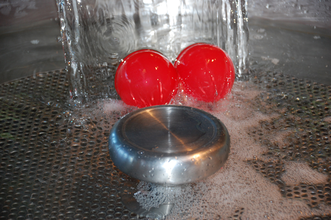 sm_floating_red_balls