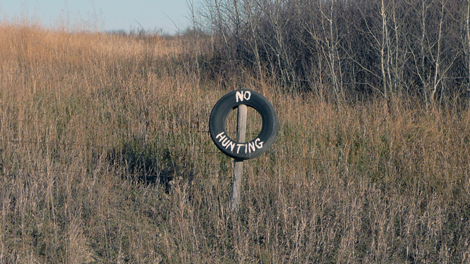 tire sign rural
