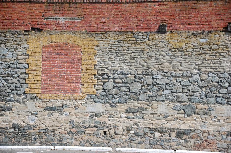 22_SG_brickwall