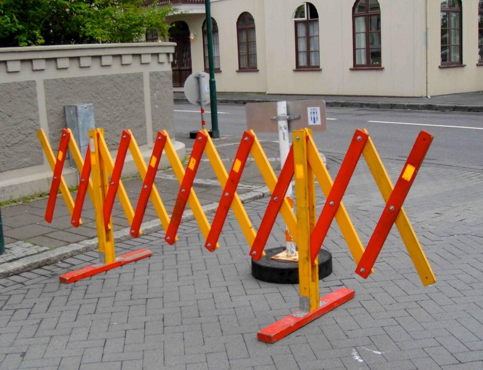 25FW Barrier