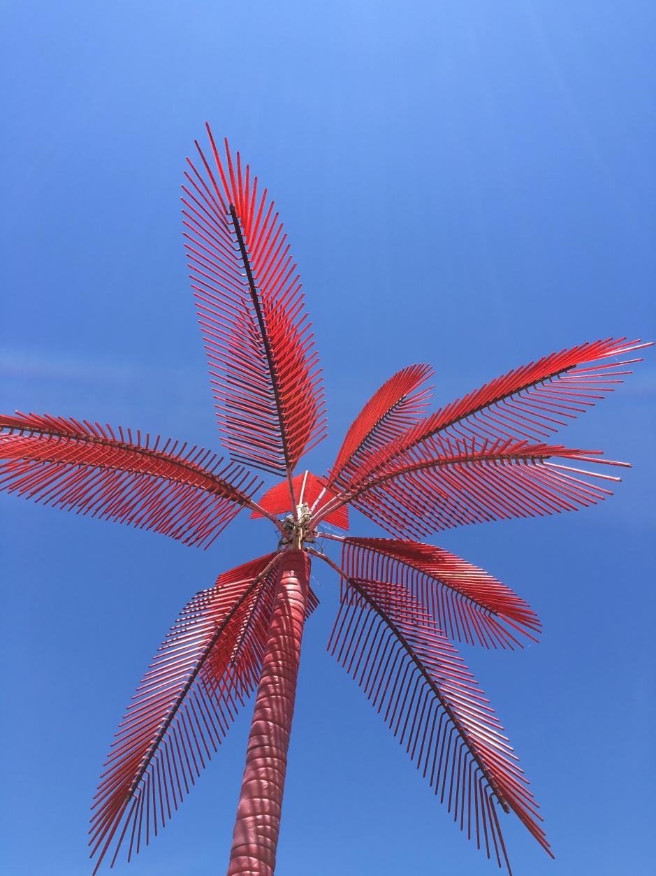 10_svava_juliusson_red-tree