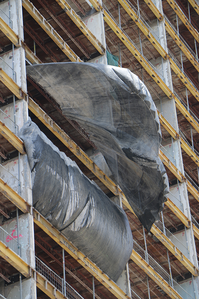 08_sl_construction-curtain