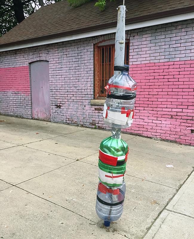 08_JR_Water bottle post