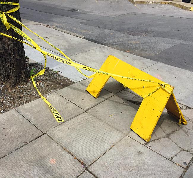 21_JR_Yellow caution