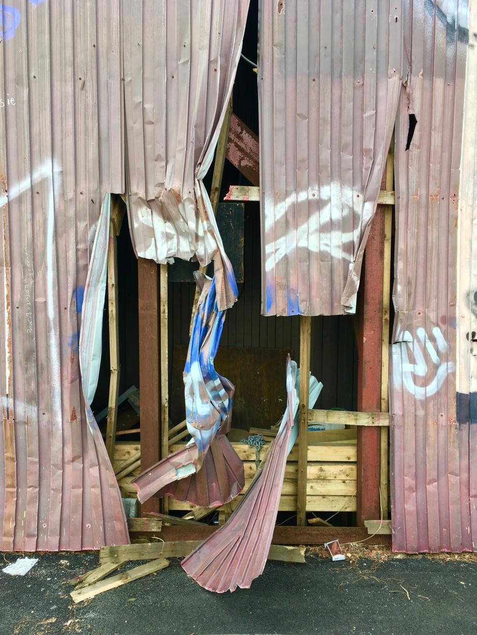 13_jp_twistedmetal_grafitti