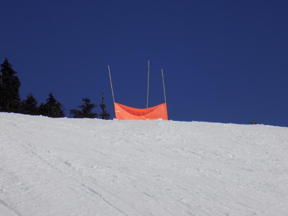 06_snowHill