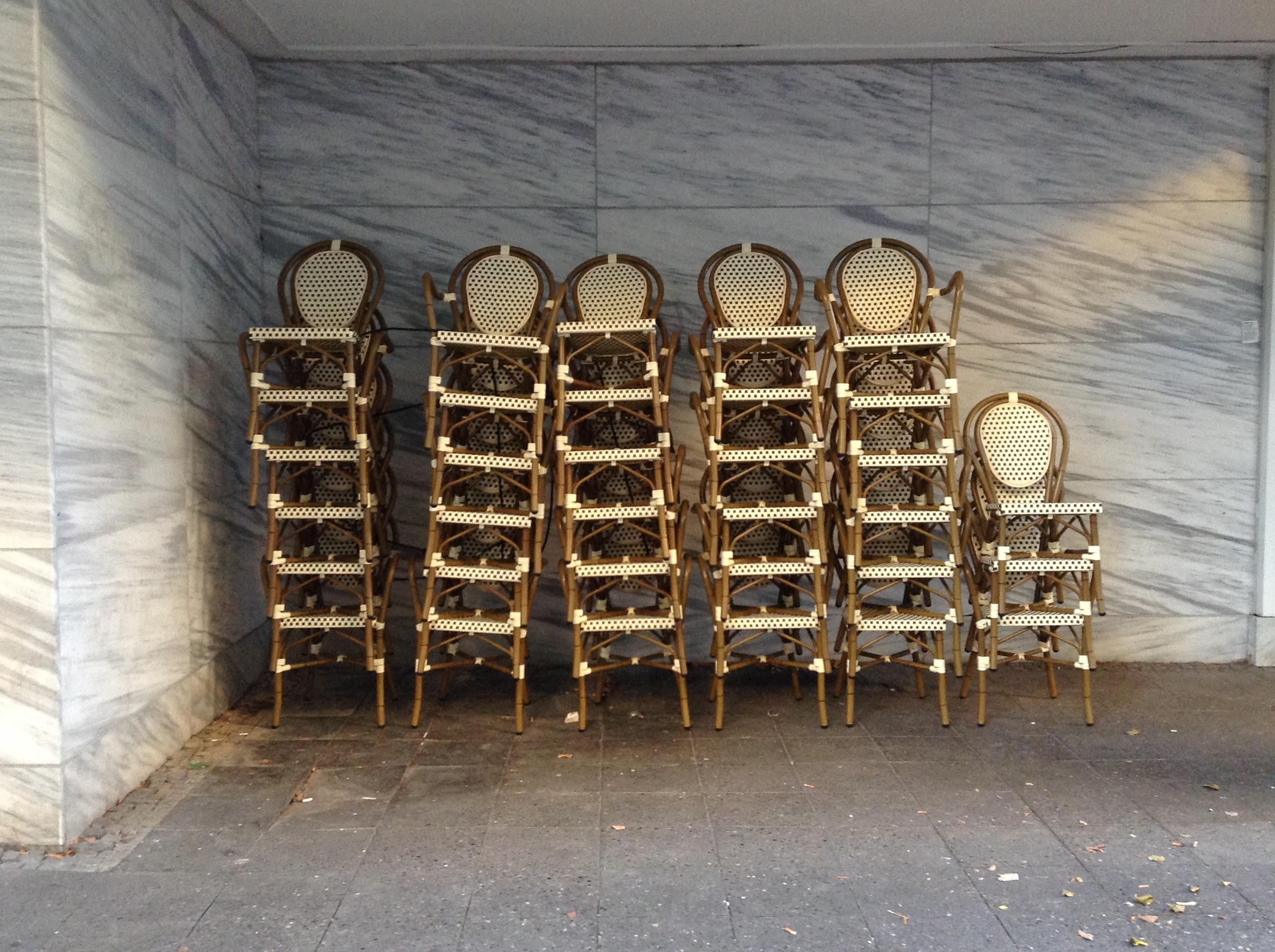 10_alice_sottani_chairs